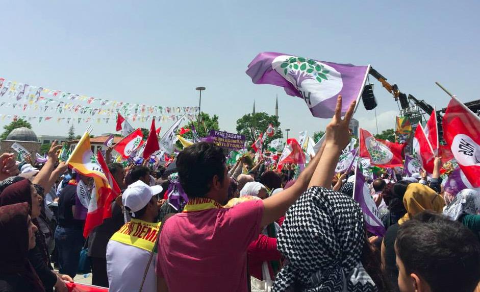 Photo of Faşistleri sokağa saldılar!