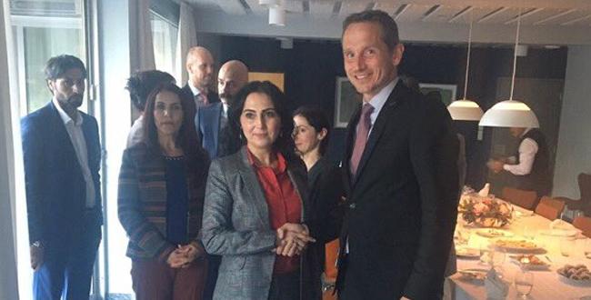 Photo of Türk Büyükelçisini çağırdı